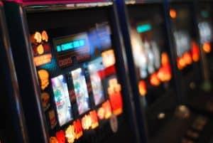 Hazard čakajú prísnejšie pravidlá